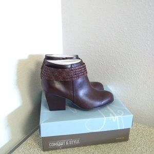 Life Stride Brown Leather Ankle Boots